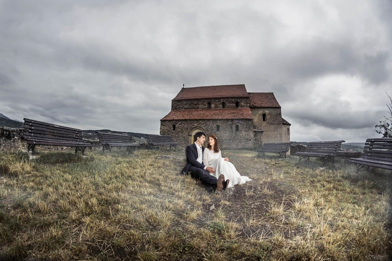 Sfaturi practice pentru a colabora cu un fotograf la nunta