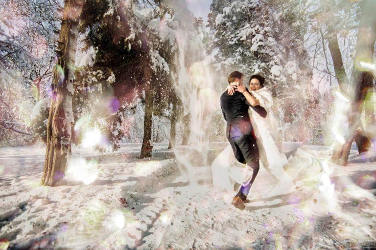 Motive pentru o nunta in plina iarna