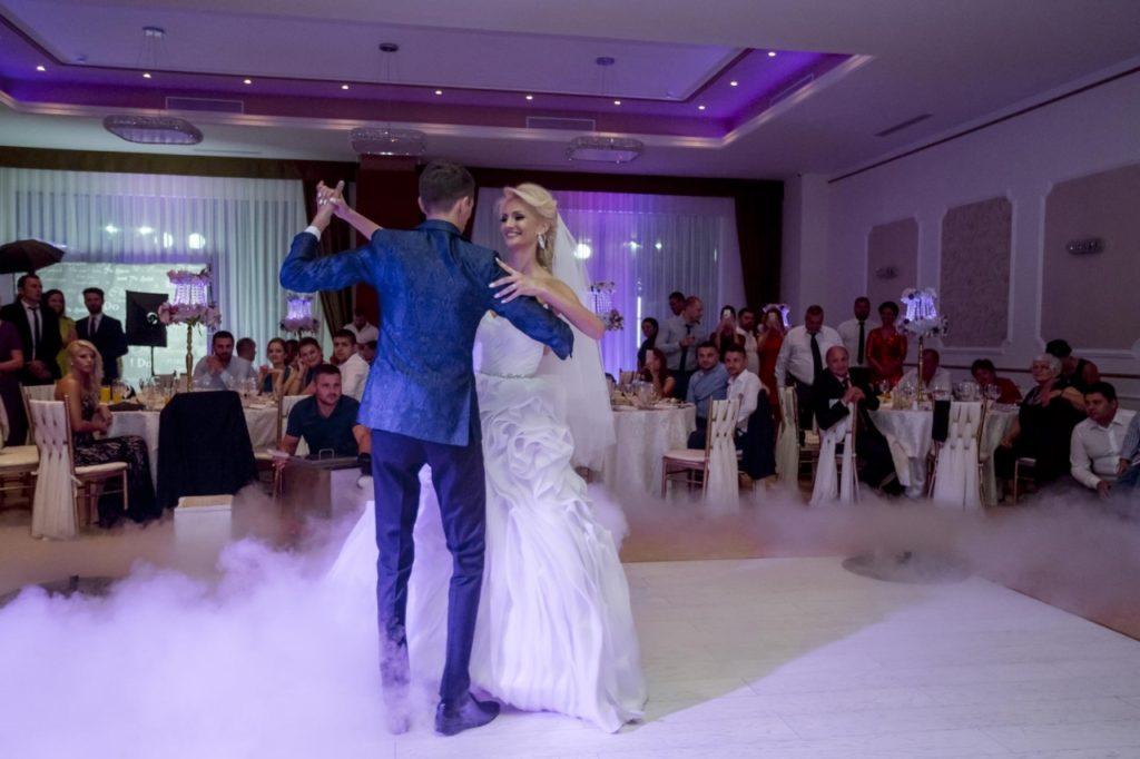 fotograf nunta reina ballroom